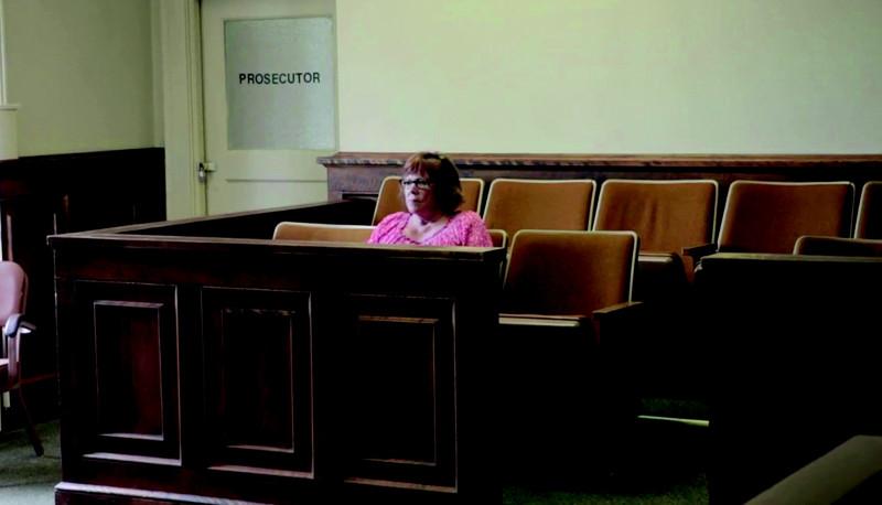 Lindy-Lou, jurée numéro 2